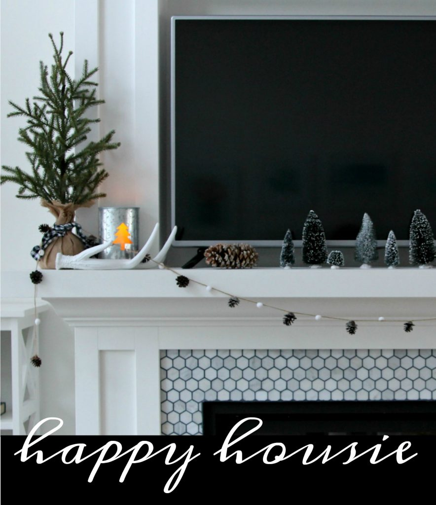 happy-housie-winter-mantel