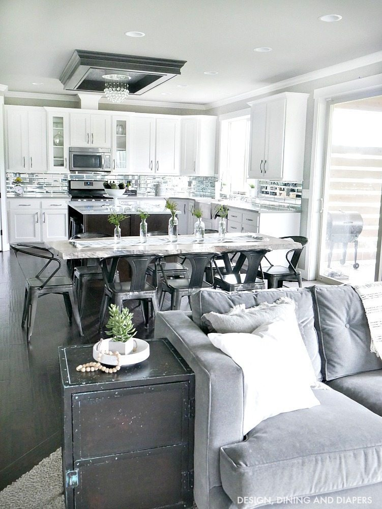 Black and White Summer Decor