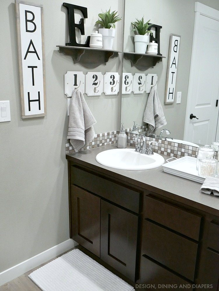 Kids bathroom decor taryn whiteaker for Tiles for kids bathroom