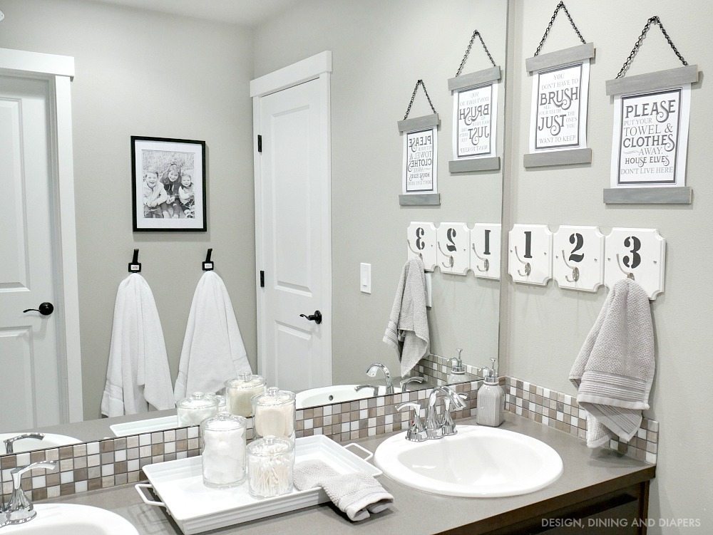 gray and white bathroom decor bathroom decor whiteaker 23264